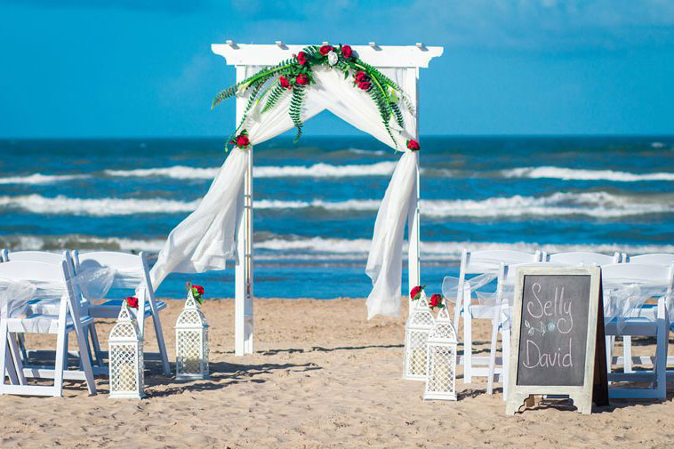 Playa del Padre Beach Wedding Package